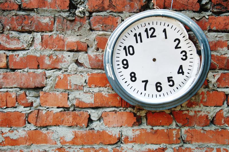 clock no hands UNCOMPRESSED
